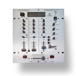 Behringer -Pro Mixer DX626 Professional 3-Channel Dj Mixer