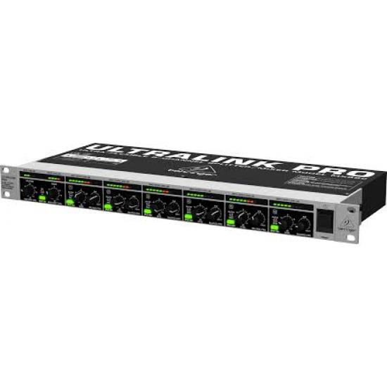 Behringer -Ultralink Pro MX882 Ultra-Flexible 8-Channel Splitter/Mixer